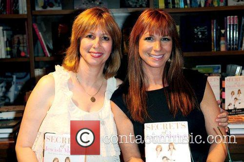 Lisa Wexler and Jill Zarin 'The Real Housewives...