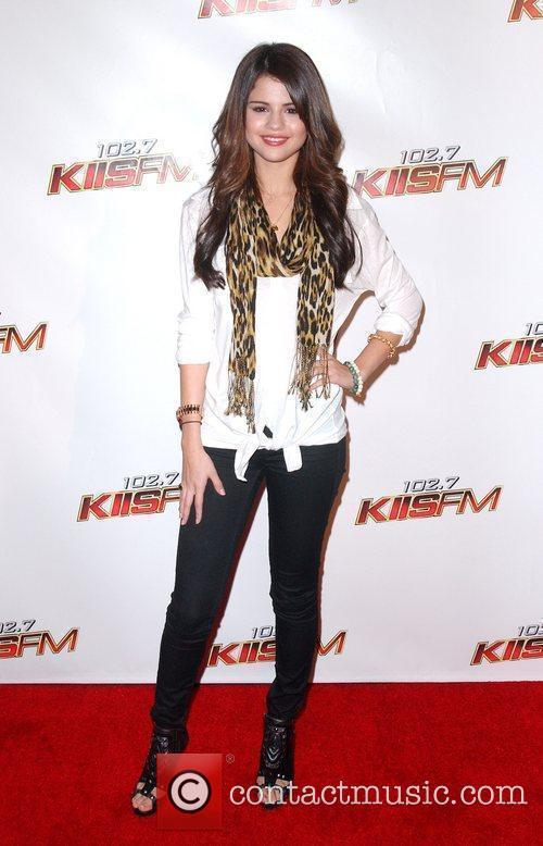 Selena Gomez and Kyle Massey 1