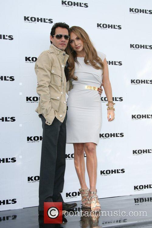 Jennifer Lopez and Marc Anthony 9