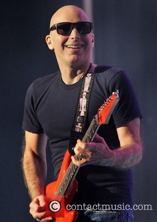 Joe Satriani 34