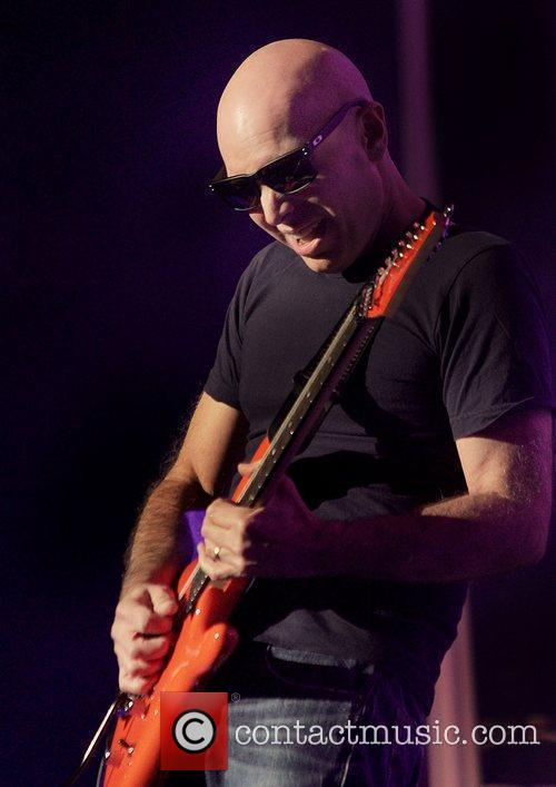 Joe Satriani 23