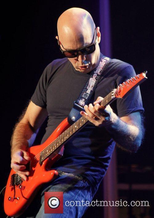 Joe Satriani 15