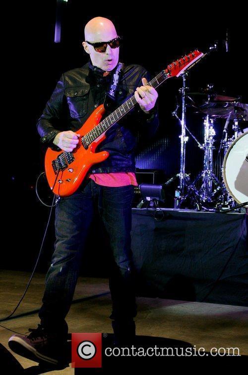 Joe Satriani 3