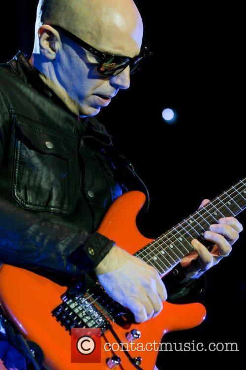 Joe Satriani 14