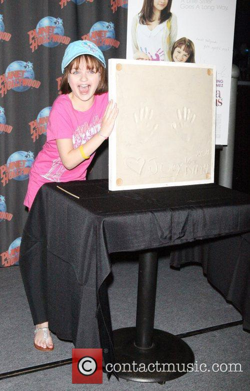 Joey King Joey King makes a special appearance...