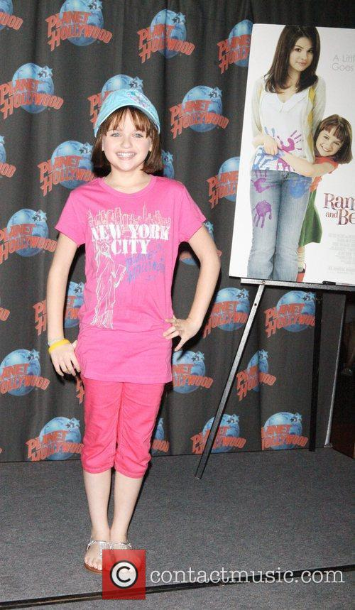 Joey King, Planet Hollywood