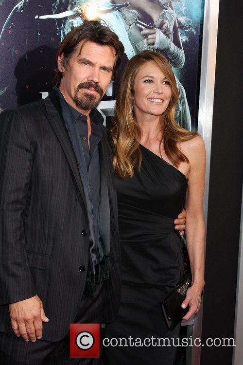 Josh Brolin and Diane Lane 6