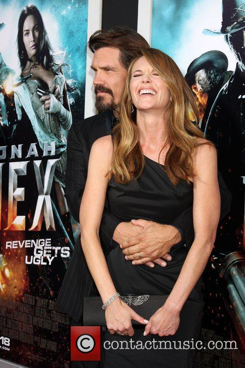 Josh Brolin and Diane Lane 4