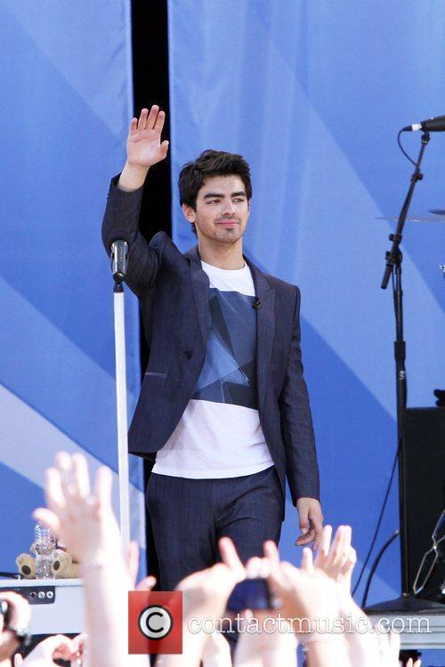 Joe Jonas, Jonas Brothers, ABC, Good Morning America