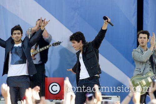 Joe Jonas, Jonas Brothers, ABC, Good Morning America