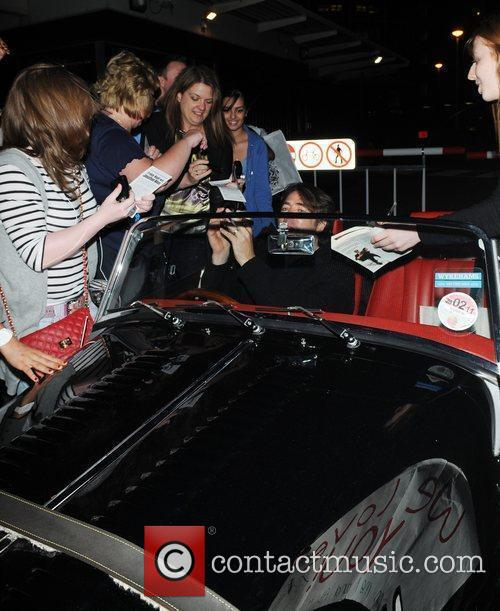 Jonathan Ross is mobbed by fans as he...