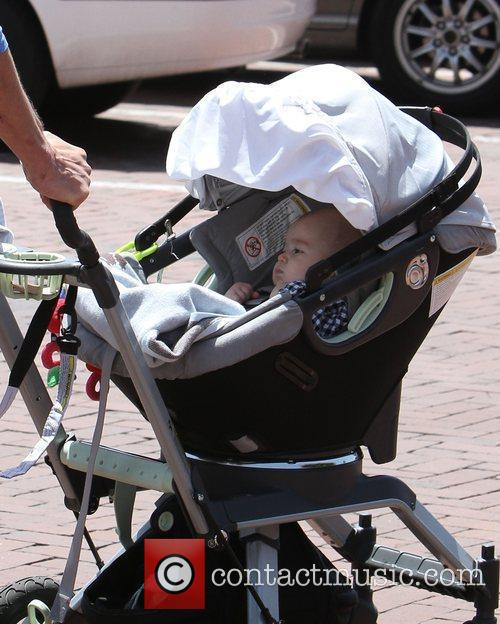 Johnny Knoxville's baby Rocko Akira Clapp out and...