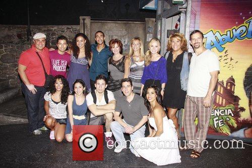 Jordin Sparks and cast pose with Caroline Manzo...