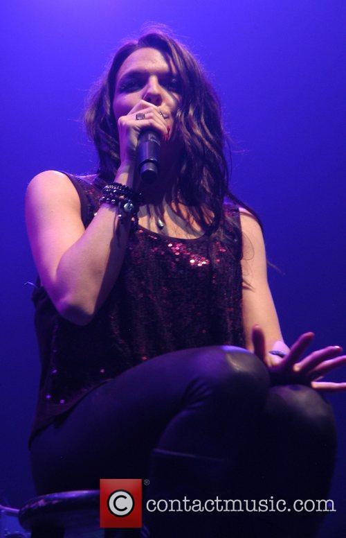 Ashlyne Huff performs at Club Nokia supporting Jordin...