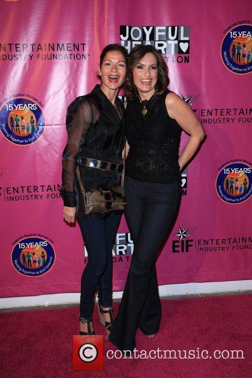 Jill Hennessy and Mariska Hargitay 2