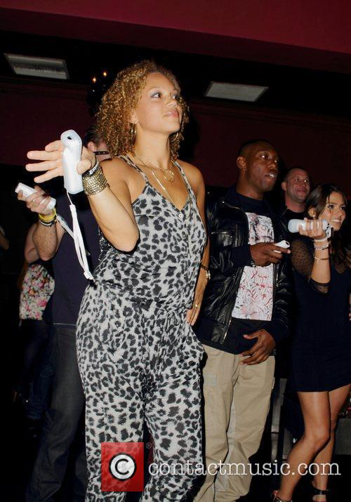 Angela Griffin, Dizzee Rascal and Wii 5