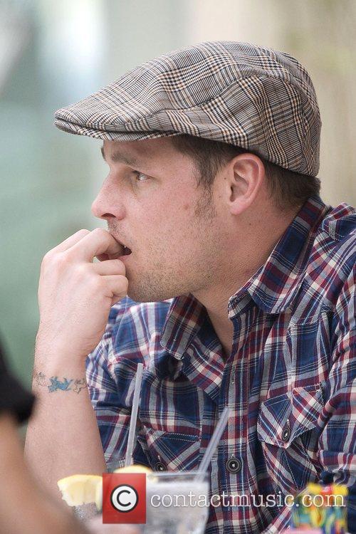 'Grey's Anatomy' star Justin Chambers bites his nails...
