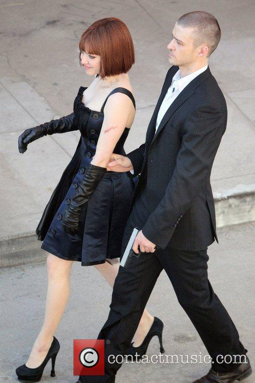 Justin Timberlake and Amanda Seyfried 15