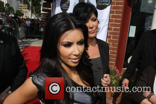 Kim Kardashian and Mom Kris Jenner 4