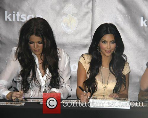 Khloe Kardashian and Kim Kardashian 11