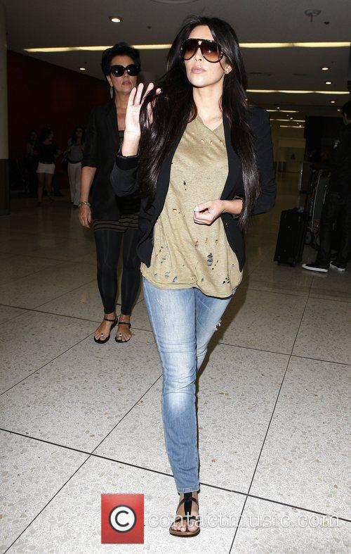 Kim Kardashian and her mum Kris Jenner 4