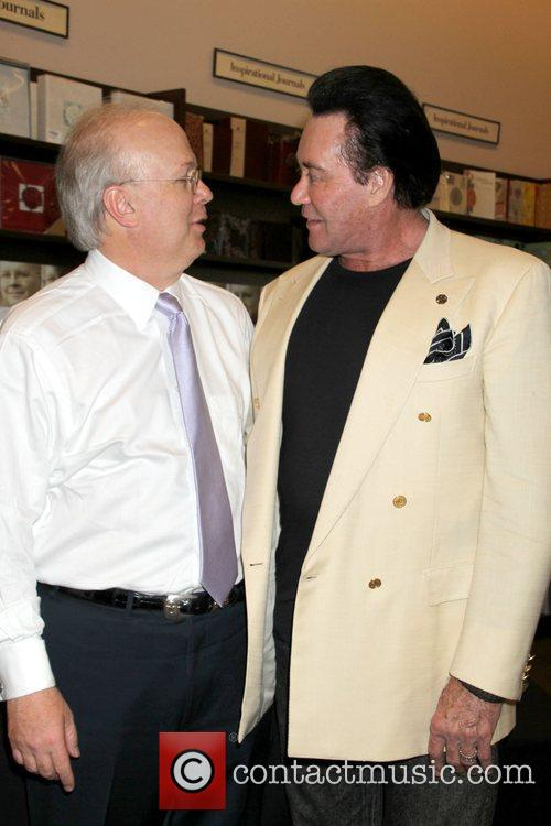 Karl Rove and Wayne Newton 1