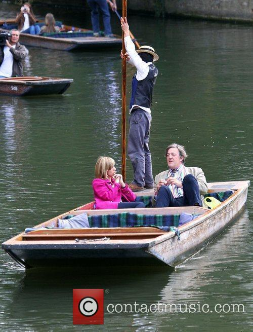 Kate Garraway interviews Stephen Fry while punting on...