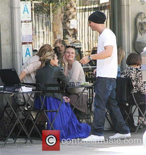 Kate Bosworth eating lunch with friends at Joan's...