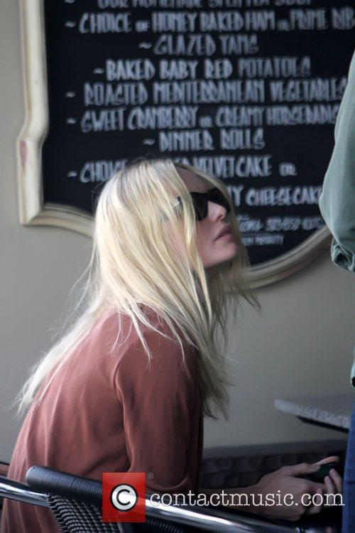Kate Bosworth at Doughboys Cafe after having lunch...