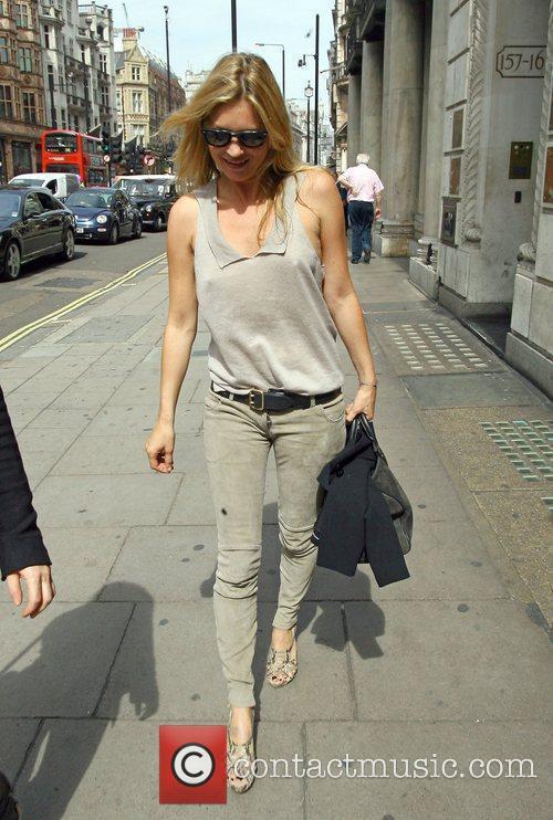 Kate Moss and Stella Mccartney 8