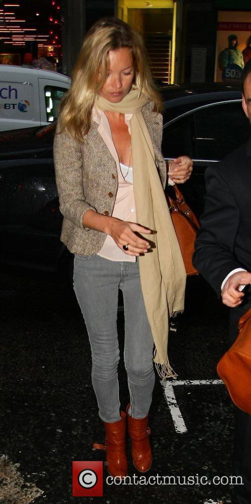 Kate Moss after shopping at a Jewellery Store...