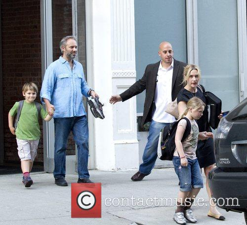 Kate Winslet, Sam Mendez With Children Mia and Joe 2
