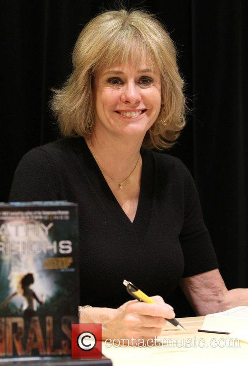 Kathy Reichs signs her first young adult fiction...