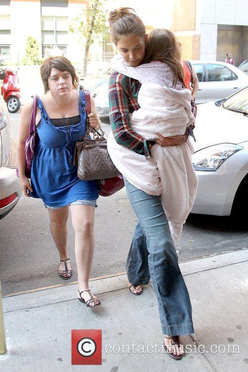 Isabella Cruise and Katie Holmes 10