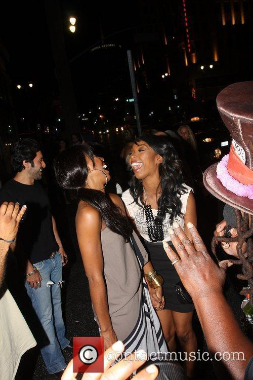 Kelly Rowland, Brandy and Brandy Norwood 4