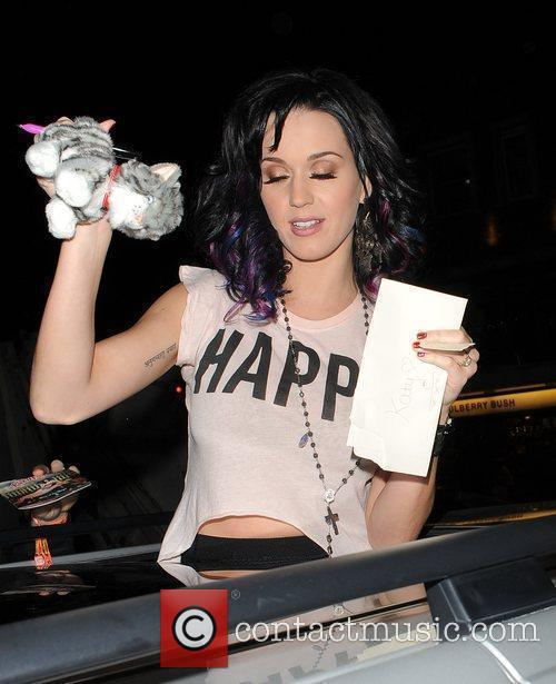 Katy Perry, Alan Carr and Russell Brand 22