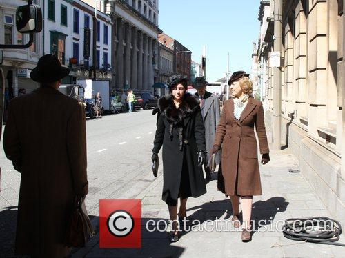 Extras and Keeley Hawes 3