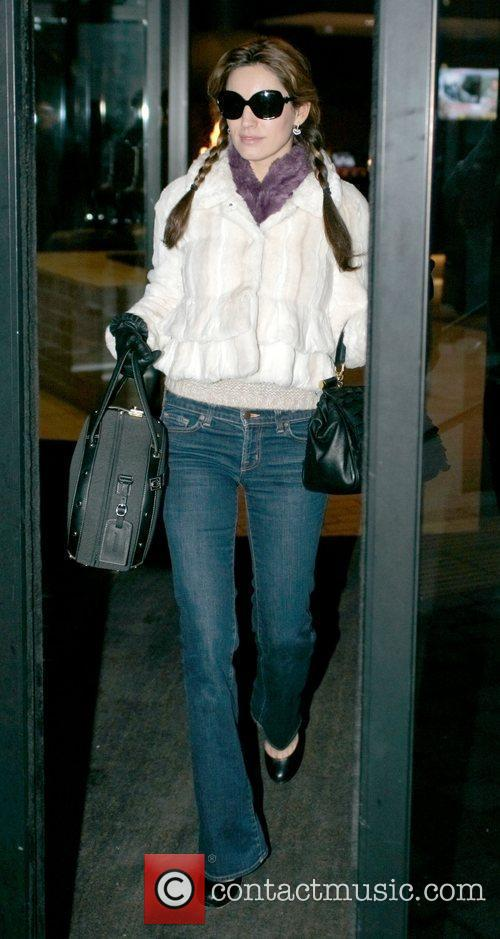 Kelly Brook leaving her Hotel Liverpool, England