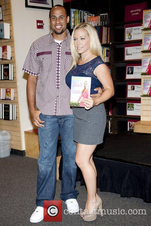 Kendra Wilkinson, husband Hank Baskett