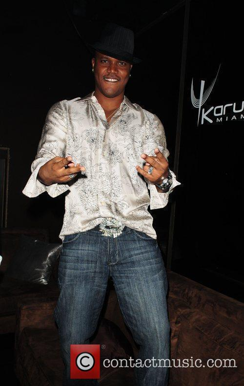 Kevin Lyttle at Karu&Y night club to celebrate...