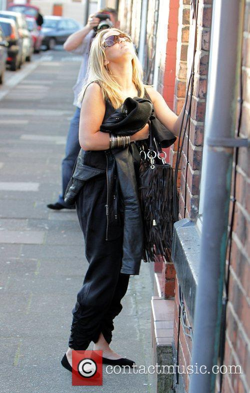Kerry Katona arrives at her mothers house, only...