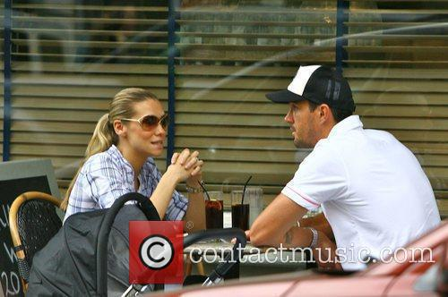 Kevin Pietersen and Jessica Taylor at a cafe...