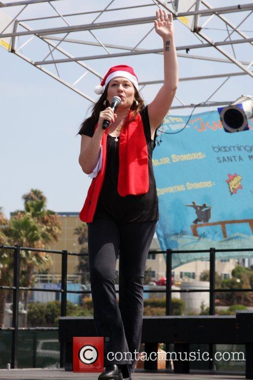 Kristin Cruz, KOST 103.5 DJ  'Kicking Across...