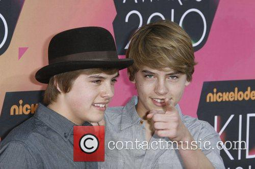 Dylan Sprouse and Cole Sprouse 4