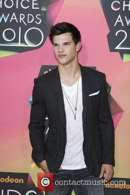 Taylor Lautner Nickelodeon's 23rd Annual Kids' Choice Awards...