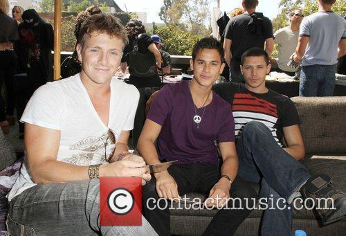 Xavier Samuel, Bronson Pelletier and Alex Meraz 4