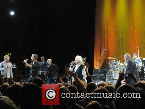 Roger Daltrey, Bryan Adams, Debbie Harry, Pete Townshend and Zak Starkey 3