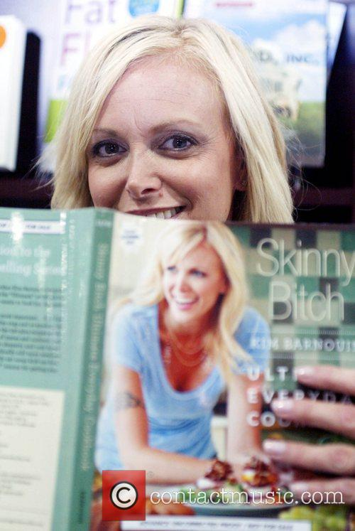 Kim Barnouin Attends A Book Signing For 'skinny Bitch' At The American Library Association Annual Dc Conference At Washington Convention Center. 2