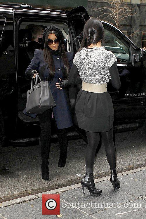 Kim Kardashian and Kourtney Kardashian 1