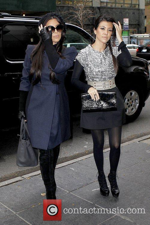 Kim Kardashian and Kourtney Kardashian 10